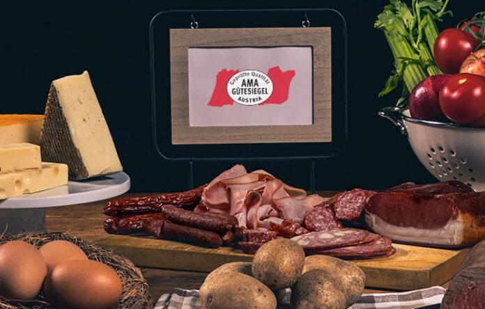 Ein Tisch voller AMA Produkte