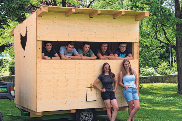 Die Gründungsmitglieder der oberösterreichischen Schülergenossenschaft