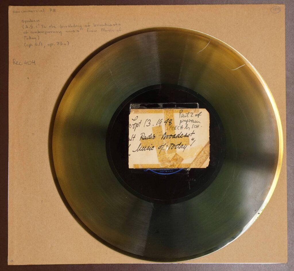 Eine Schallplatte von Arnold Schönberg