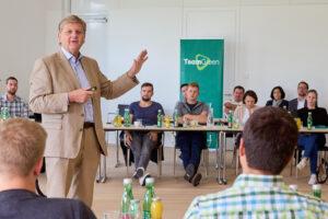 RWA-Generaldirektor Reinhard Wolf beim Team Green-Vortrag